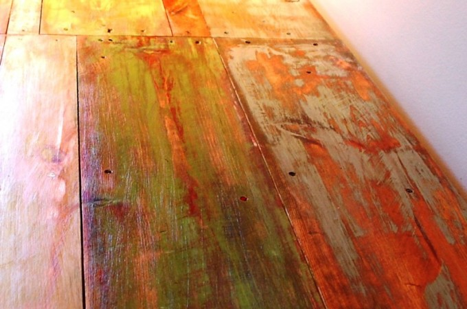 Reclaimed Pallet and Barn Beam Desk « Ibuildfurniture